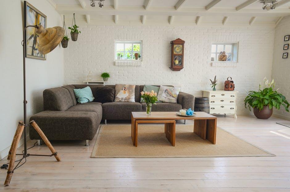 stylowo wykończony salon